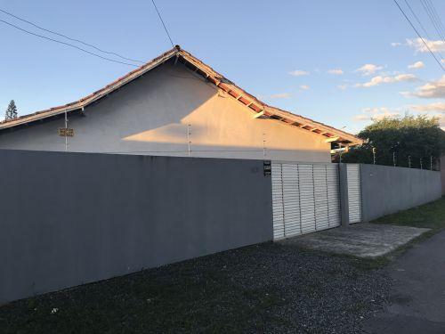 Fachada Ampla casa em Cordeiros - Itajaí