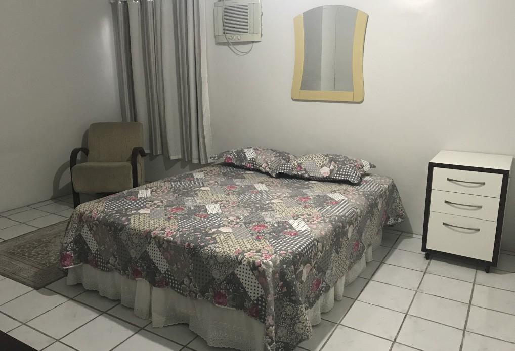Galeria 7 Casa com 1 suíte + 3 dormitórios
